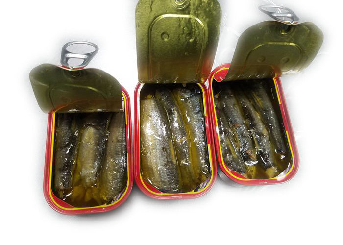 3 - 5 Pieces Canned Sardines Fish In Vegetable Oil NW 125g / DW 90g Type